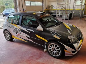 Total covering voiture rallye
